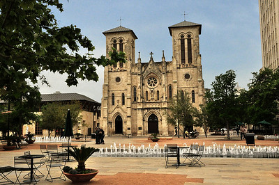 Nearby was the San Fernando Cathedral,  founded in 1731.  It is the oldest standing church building in Texas.