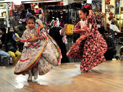 But the singing senorita wasn't the only entertainment.  Inside a shopping center, we came upon a Mexican dance contest for younger performers....