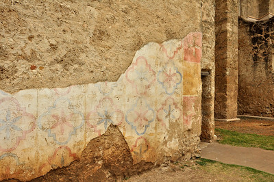 At the time it was built around 1720, the exterior of Mission San Jose was covered in stucco decorated with colorful geometric patterns.