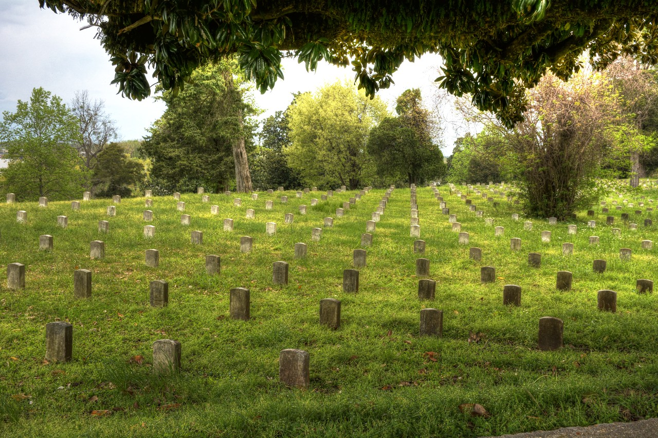 More than 17,000 Union soldiers are buried in the National Cemetery in Vicksburg, more than any other cemetery in the nation.