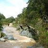 El agua del rio, muy rapido y fuerte