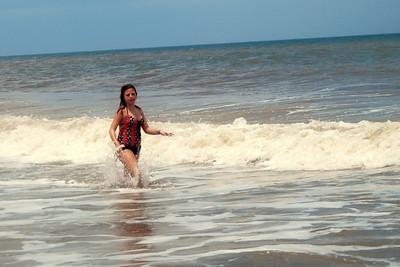 048 Haylee in the surf