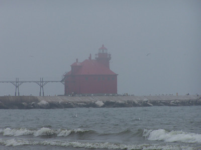 The Sturgeon Bay Ship Canal North Pierhead illuminates the pier which parallels the entrance to the canal. It also contains the fog horn.