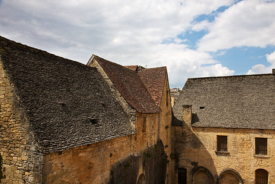 Stone Shingle Roof are common and impressive throughout the Dordogne