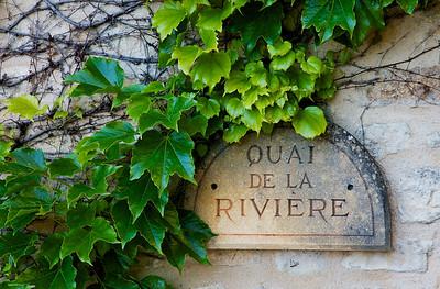 Quai de la Riviere a street in La Roque Gageac