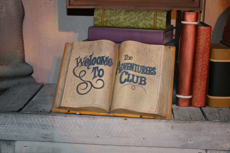The stone guest book to the Adventurers club