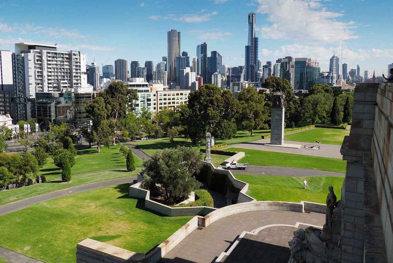 Melbourne Sykline From ANZAC Shrine