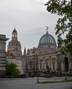 Left - Frauenkirche, right - Academy of Fine Arts