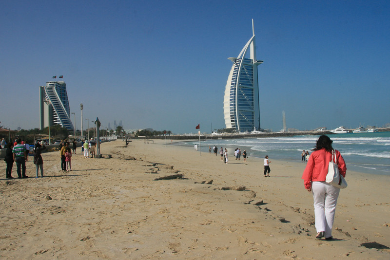 Hotel on the right is the Burj Al Arab - supposedly the world's first 7 star hotel. No rooms, only suites. Prices up to $30,000 per night. Even has it's own helicopter pad !!