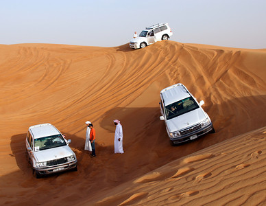 4WD desert safari, inland UAE (about 60km from Dubai).