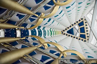 Tango DIva in Dubai 1-31-09  100