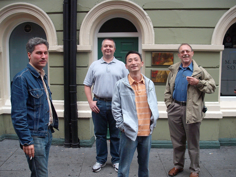 At the Temple Bar street with Olaf, Yizhi and Istvan (photo by Michael Truss).