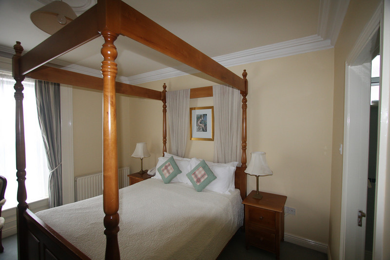 Room at the Aberdeen Lodge in Dublin.