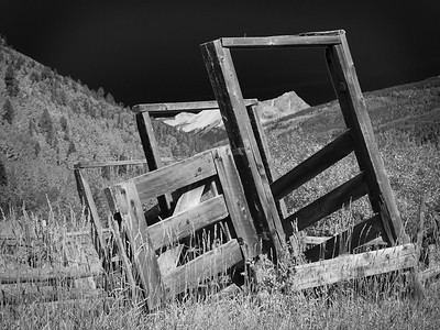 Abandoned corral near Engineer Mountain