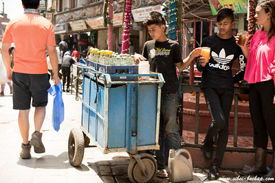 young drink vendor with swag