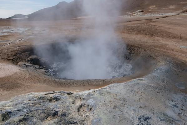 Boiling Mud, Hverir