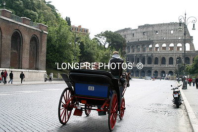 Buggy towards COLOSSEUM.