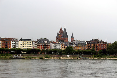 On The Rhine River - St. Martin's Cathedral in Mainz, Germany
