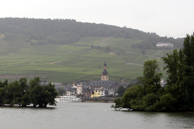 Approaching Rudesheim - St. Jacob's Church