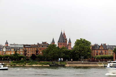 On The Rhine River - St. Martin's Cathedral in Mainz