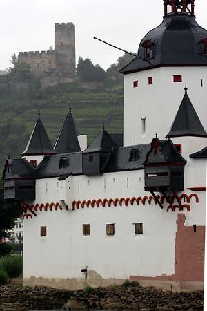 Pfalzgrafenstein Castle with Gutenfels Castle in the background