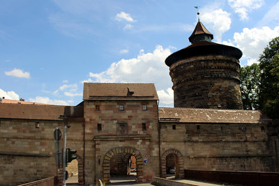 visiting the old town and its 13th century fortifications