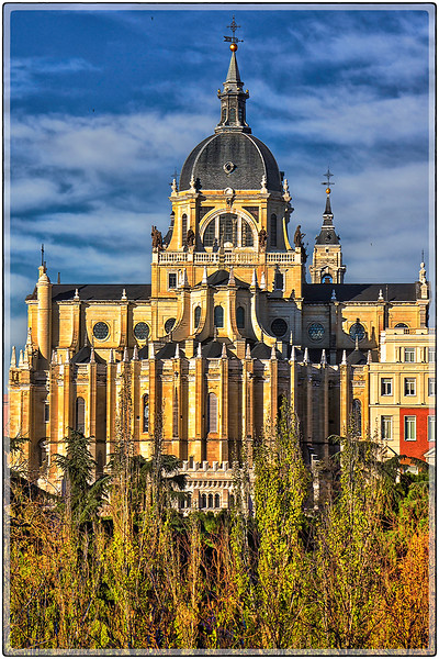 Catedral de la Almudena (south view)