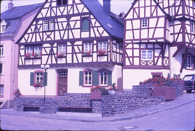 Our first stop--Bernkastel, on the Mosel River