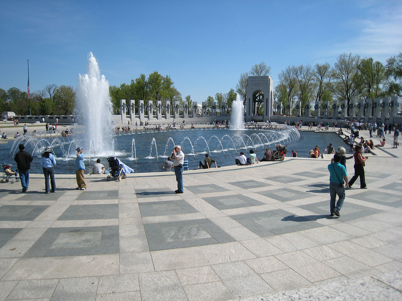 The WWII memorial fountain.