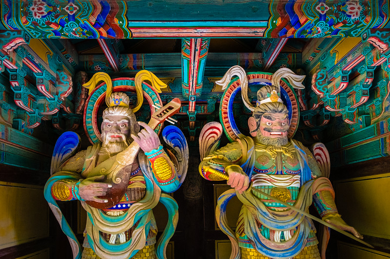 Statues of Lokapala, the Four Heavenly Kings