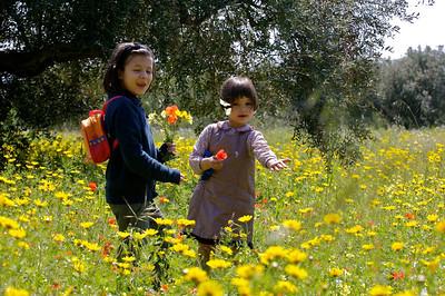 Octavia and Aurora, Pasquetta, Villaseta.