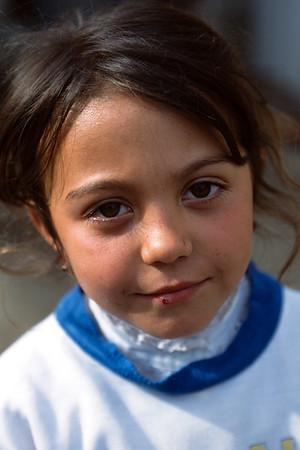 Roma child, Rasnov