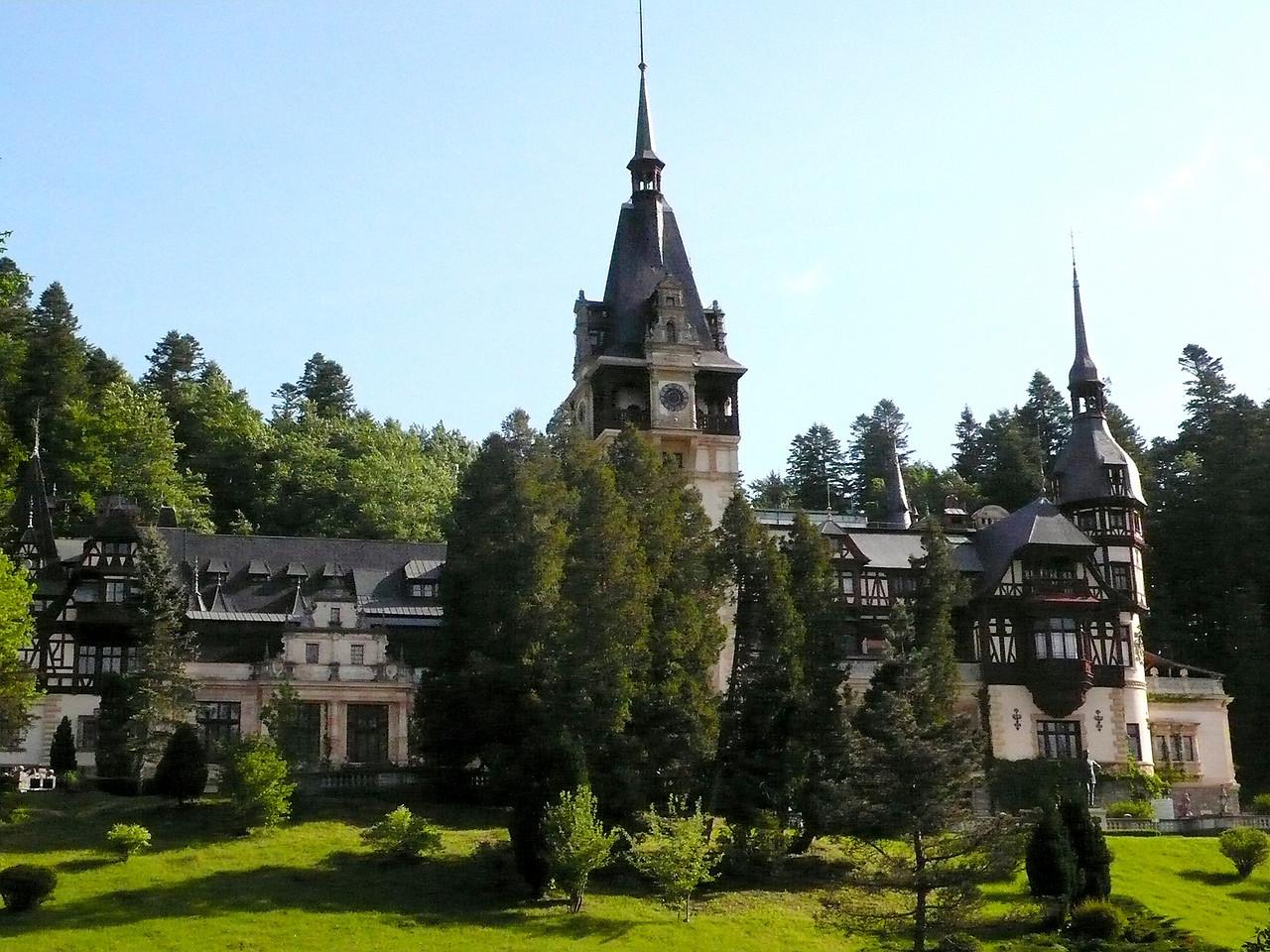Pele Castle