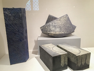 MET MODERN ASIAN CERAMICS