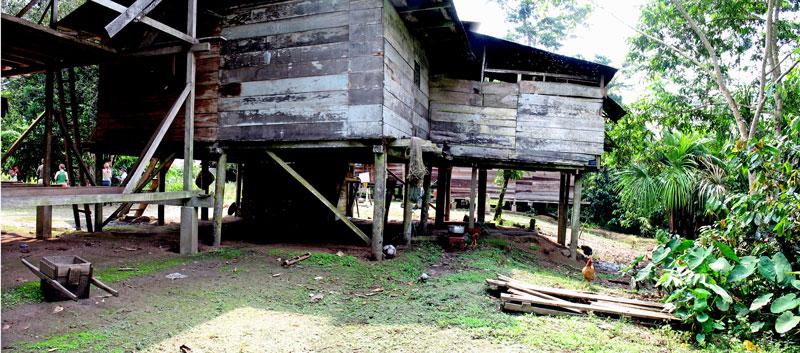 """Typical"" Kichwa house in El Oriente"
