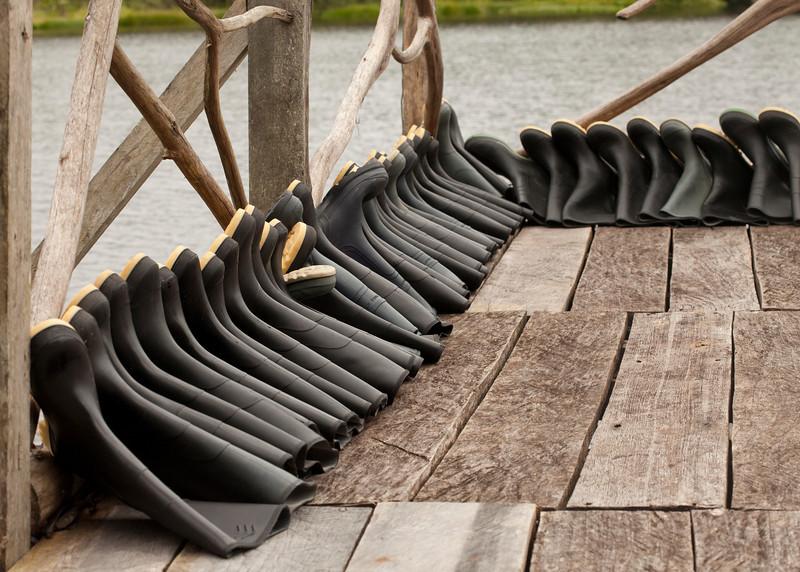 Ecuador 2012: Sacha Lodge - Boots drying in the sun