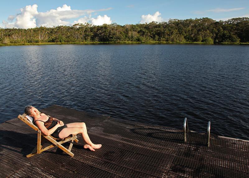 Ecuador 2012: Sacha Lodge - Lounging at the lagoon