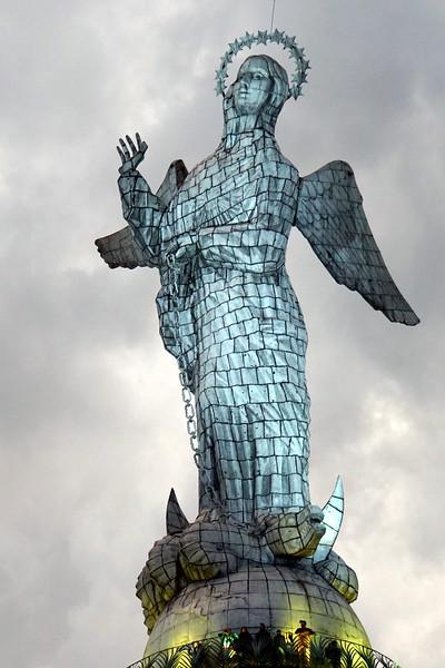 El Panecillo, Virgin Mary with wings