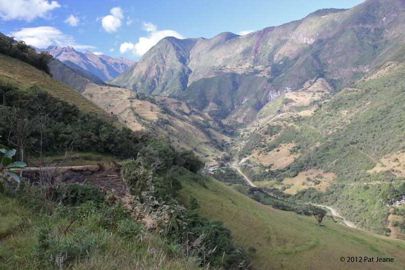 Pichincha Volcano - on the road to Yanacocha Reserve, Aug 18,