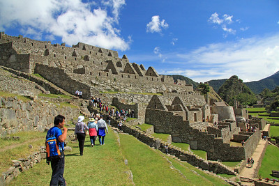 Just beyond the Caretaker's Hut at the entrance are the agricultural terraces and the storage buildings (above) and Royal Sector with its round Temple of the Sun (lower right).