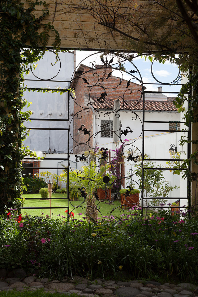 The garden behind the hotel, Mansion Alcazar.
