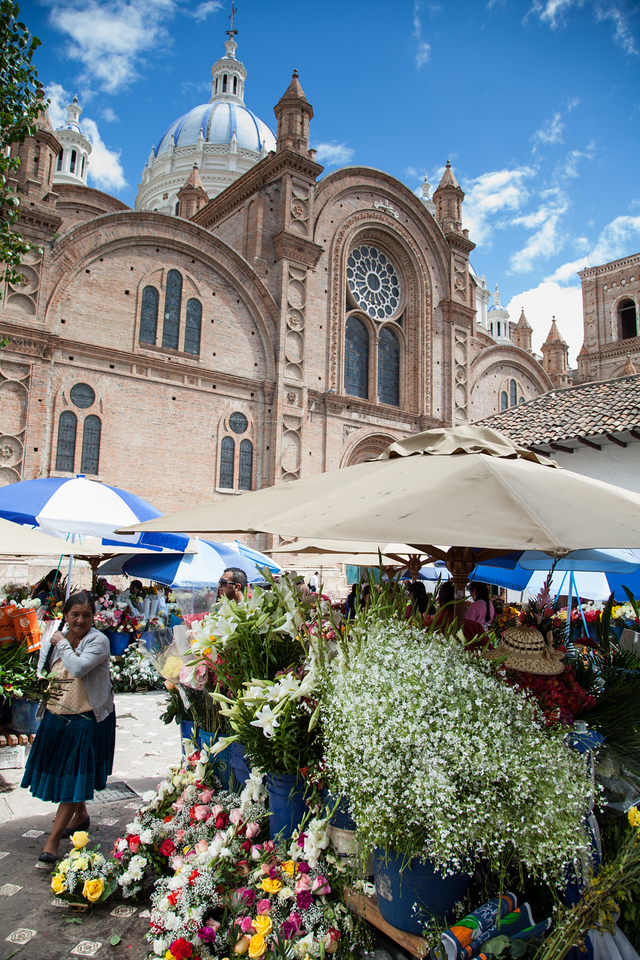The flower market tucked in next to the new cathedral.