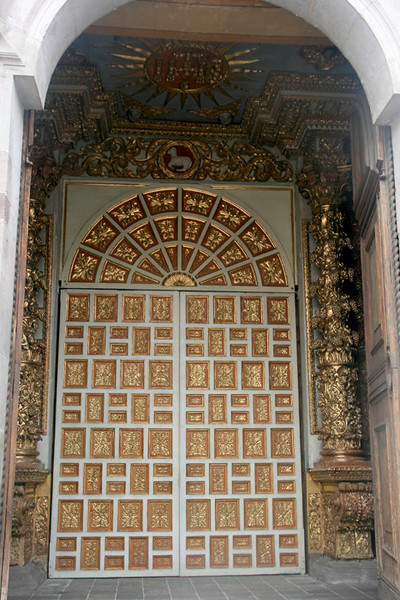 Intricately decorated doorway of the Santo Domingo Church