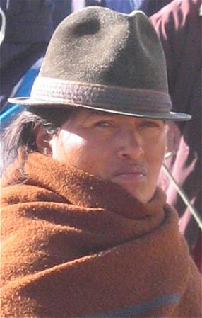 Een Otavaleña. Otavalo, Ecuador.