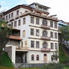 Apartamentos along the Tomebamba, Cuenca