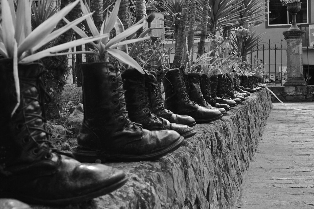 Boots of battle; Museo Histórico Militar in Girón