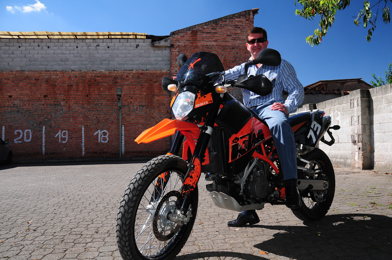 Cesar Jerves. HUBB member. Cuenca. KTM Super Enduro