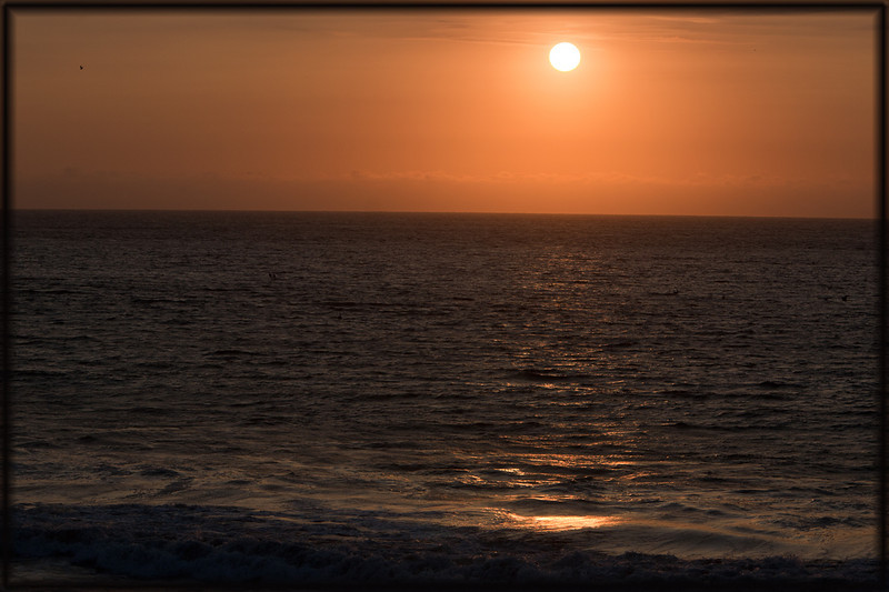 ooops - this is actually sunset at Mancora, Peru.  Only picture from lovely Mancora so just lumping it in with Ecuador.