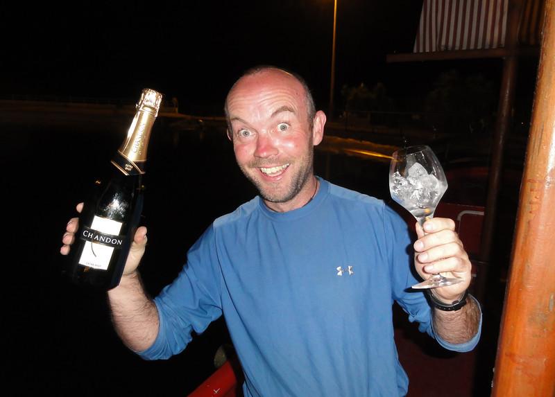 More Champagne then! Parque Extremo