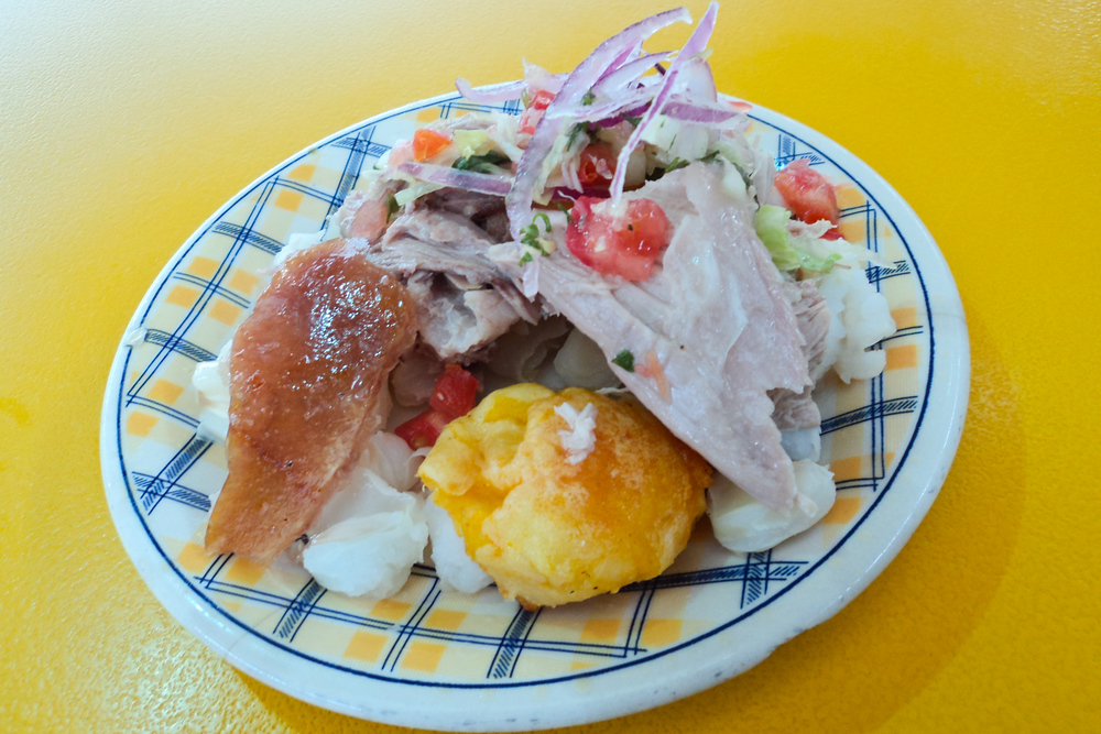 Christmas in Ecuador usually includes roasted pig, discover what else to eat in Ecuador for Christmas.